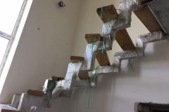 Лестница на металлическом каркасе купить