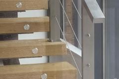 Лестница на металлическом каркасе 3 ригеля