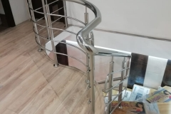 перила для лестниц из нержавейки дуговые