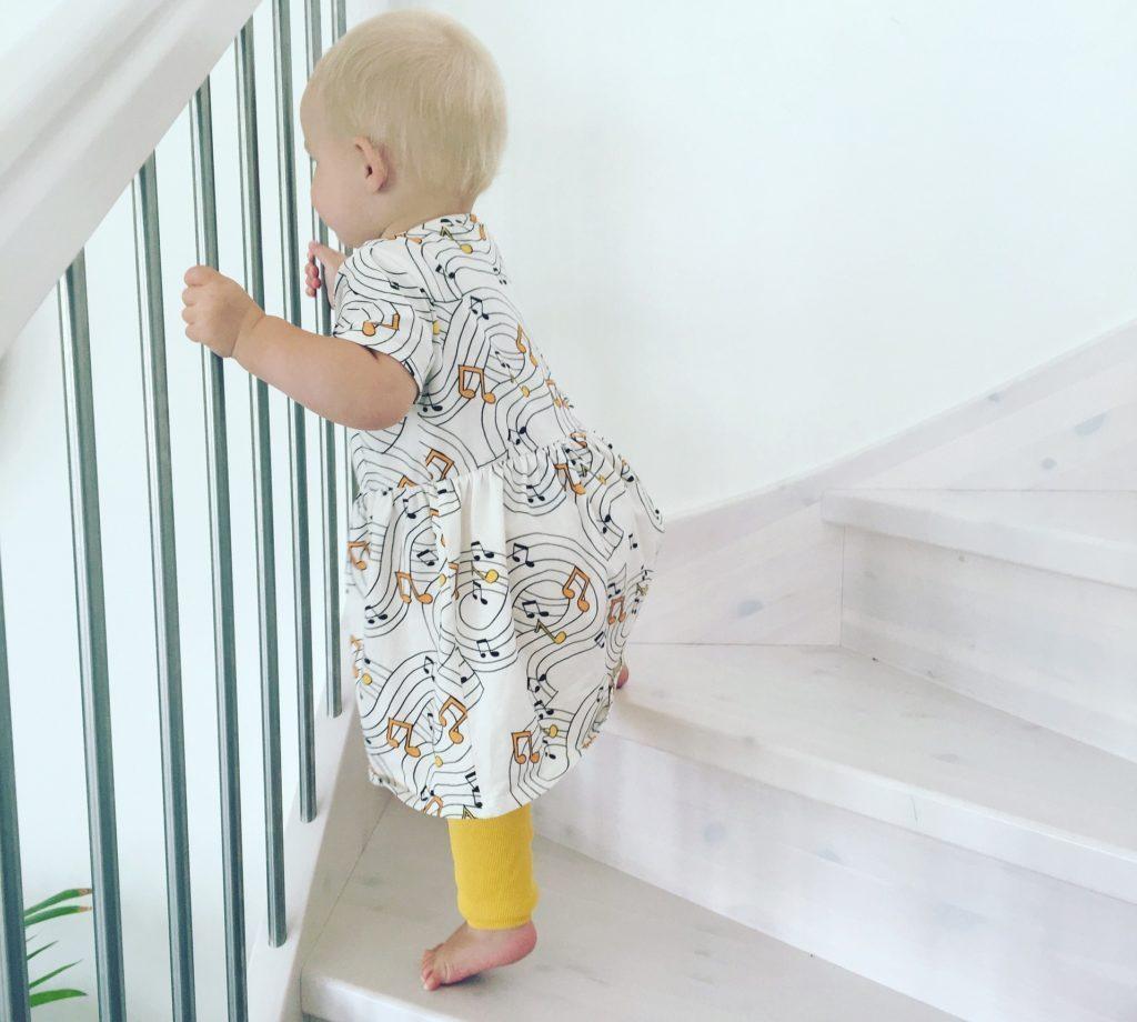 купить перила для лестницы в дом